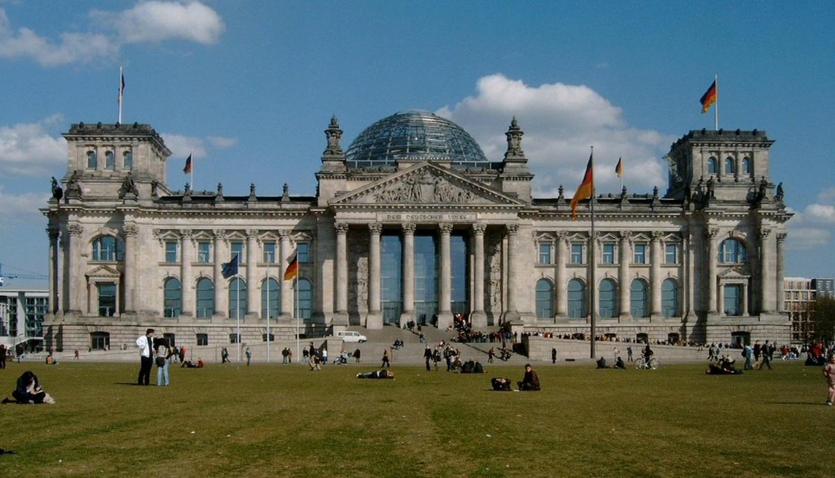 Berlin tours in Hebrew