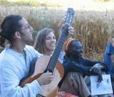 שרים בחג השבועות