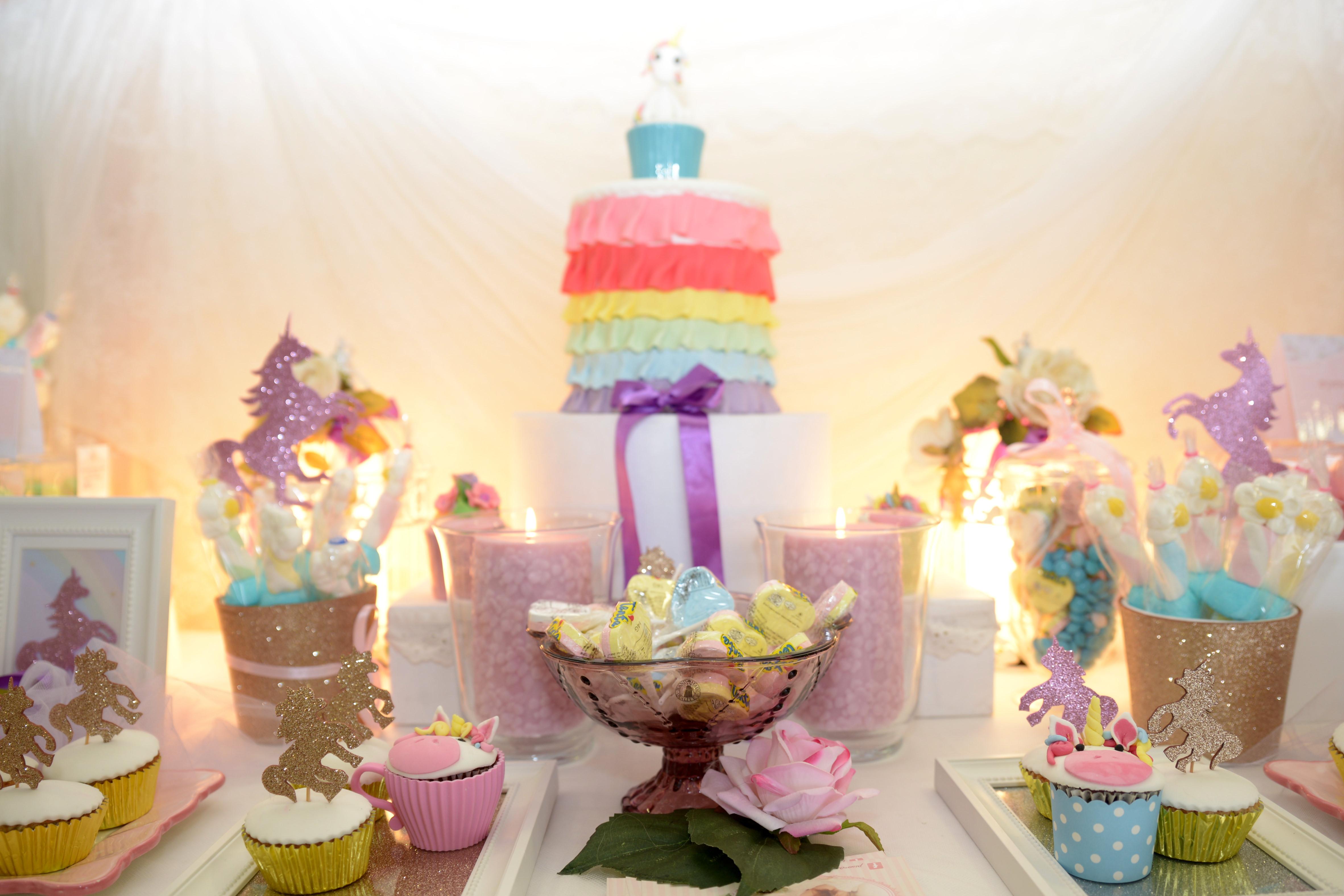הפעלות לימי הולדת בנות - שולחן בר מתוקים ליום הולד