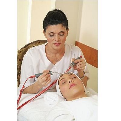 Femme`s Moisturizing Facial Treatment