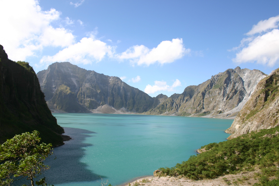 trekking and hiking tours to pinatubo – tour to th