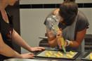 סדנת בישול בפריז - אפיית עוגות אקלר