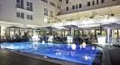 מלון בפרובנס | אביניון סנטר 4*
