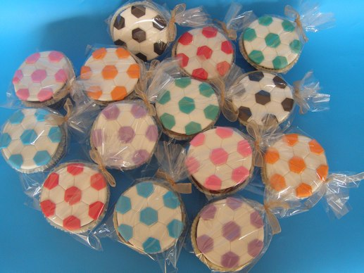 קאפקייק כדורגל צבעוני
