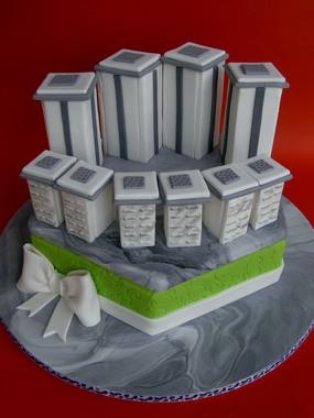 """עוגה לחברת ישר אדריכלים ע""""פ דגם פרויקט השוק הסיטונאי"""
