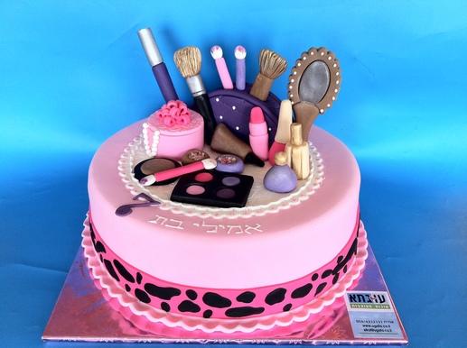 עוגת איפור לאמילי