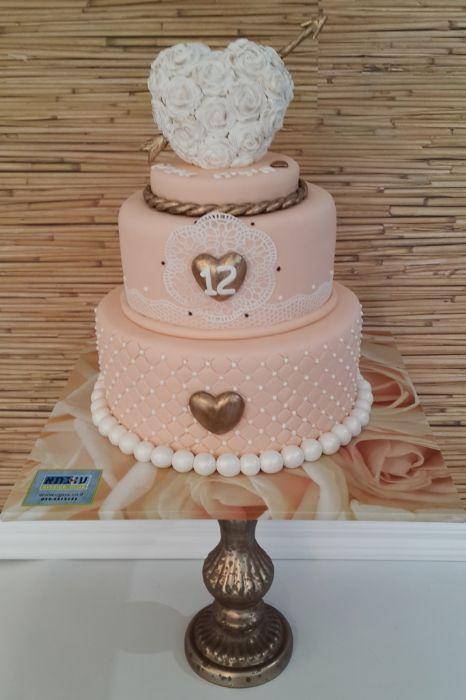 עוגה ל12 שנות נישואים