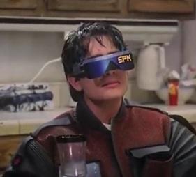 משקפי וידאו בחזרה לעתיד