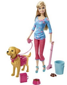 ברבי מטיילת עם כלב