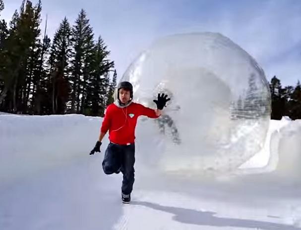 כדור זורב בשלג