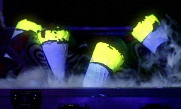 טילונים זוהרים בחושך קורנטו