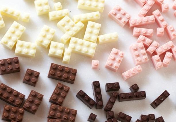 קוביות לגו משוקולד