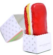 כריך מקרון עם גלידה