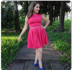 שמלה שמתאימה למידות גדולות