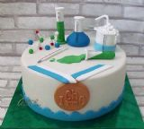 עוגה לרגל זכייה במדליית ארד באולימפיאדת הכימיה.