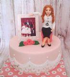 עוגה ליום הולדת 30 לאשה שאוהבת יותר מכל את משפחתה.
