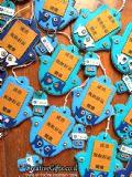חמסות עבודת יד ישראלית עבור חברת IceCure שניתנו כמתנות לאורחים מסין. כיתוב - הצלחה, מזל, בריאות
