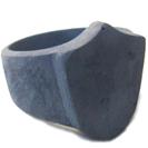 """טבעת חותם בסגנון עתיק """"המגן"""" משולבת מתכת וכסף 925 להענקת מראה אותנטי."""