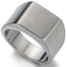טבעת חרוטה לגבר העשויה כסף בגימור מוברש ,כלול במחיר חריטה בלייזר של 3 אותיות לדוגמא O & B.