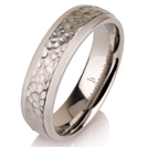 Titanium wedding bands - Hammered titanium ring with polished edges - 6mm