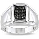 טבעת יהלומים לגבר העשויה כסף 925 ומשובצת ביהלומים שחורים טבעיים במשקל כולל של כ- 0.15 קרט.