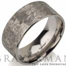 """טבעת לגבר עשויה טיטניום טהור בגימור מט וברוחב 9 מ""""מ"""