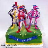 עוגת פאוור-ריינג´רס בהילוך גבוה...לאפיק  בן ה-4
