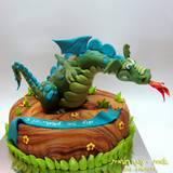 עוגת דרקון אימתני לעומרי בן ה-5