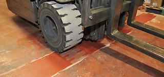 שיקום רצפות מחסנים לוגיסטים