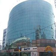 בניין מרכזים 2001