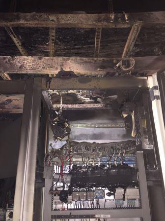 חדר חשמל שרוף