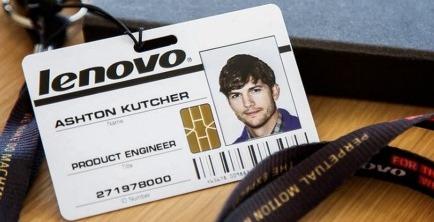 כרטיס העובד של אשטון קוצ'ר