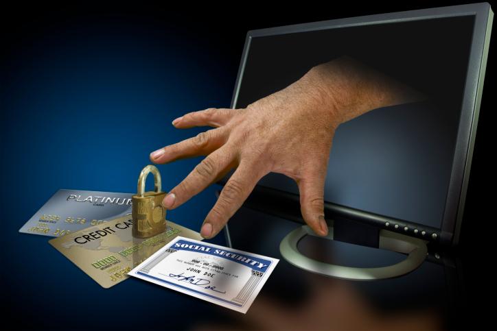 גנבת כרטיס אשראי