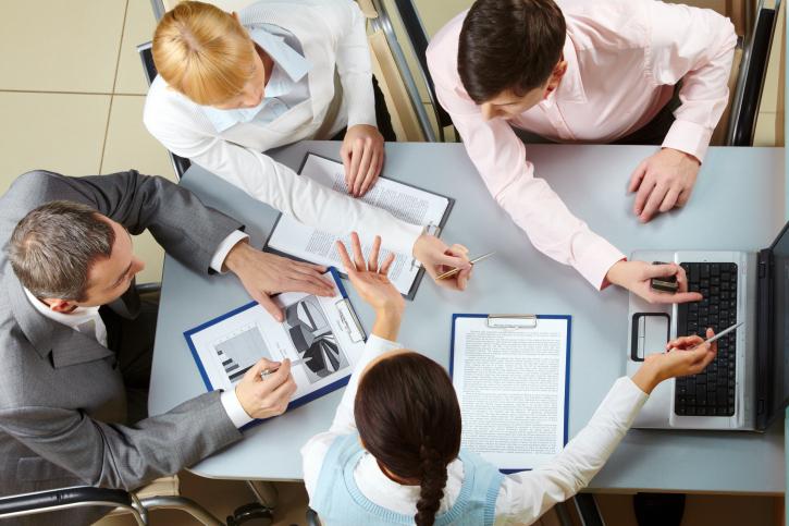 ישיבת הנהלה