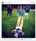 Жена президента Исландии сделала массаж ног игроку своей сборной после матча с Португалией на Евро
