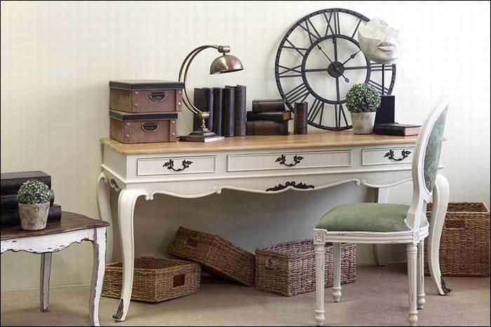 שולחן כתיבה - Antique Table