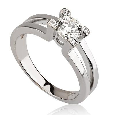 טבעת אירוסין - Uriel