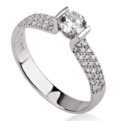 טבעת אירוסין - U