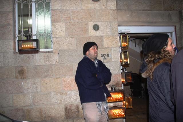 סיור חנוכיות וטעימות בשוק ונחלאות בירושלים. יום ראשון 01/12/2013 אזל המלאי !!!