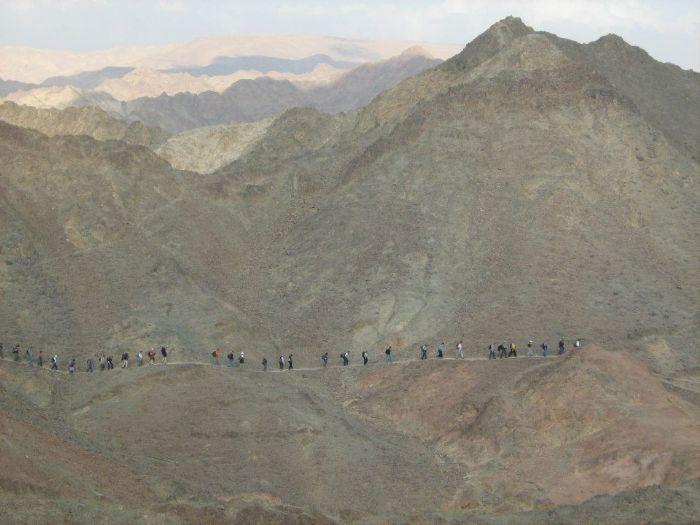 יומיים של טרק למשפחות מיטיבי לכת במכתש רמון- חנוכה 4-5/12/2013