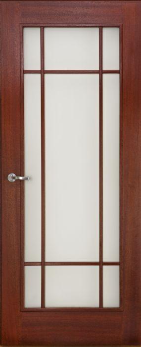 דלת כניסה עם זכוכית חלבית