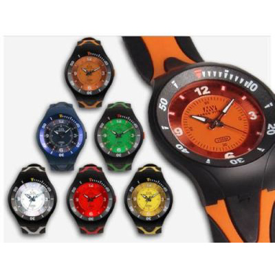 B827 - שעון ספורטיבי עמיד במים
