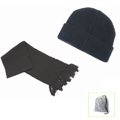 סט כובע וצעיף בתיק