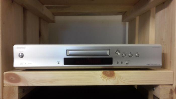 נגן Onkyo C-1 VL CD