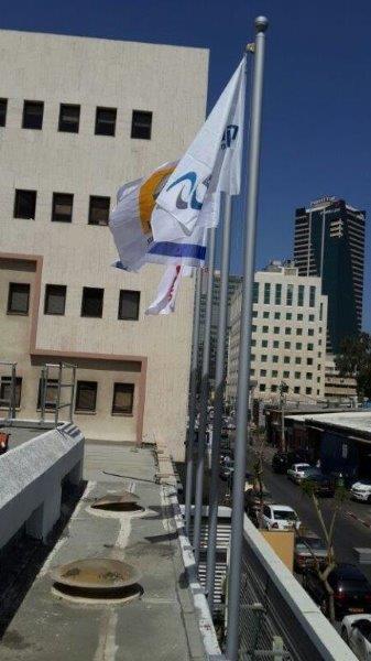 תורן פלדה אחיד בקוטר 3 צול גובה 6 מטר התקנה באמצעות הצמדה לקיר בחברת קרסו תל אביב