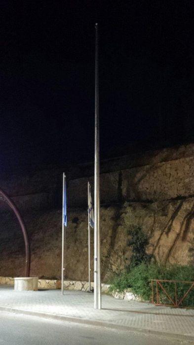 תורן פלדה קוני בגובה 12 מטר