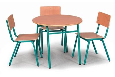 שולחן עץ עם רגלי מתכת