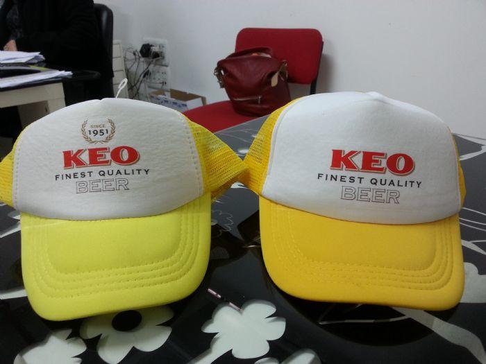 הדפסות על כובעים