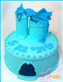 טוני חוגג יום הולדת חמש עם עוגת דרקון מארץ הפנטזיות. מזל טוב לך טוני! A dragon from fantasy land for Tony´s birthday cake