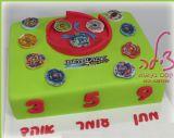 עוגת בייבלייד לשלושה אחים שחגגו יום הולדת יחד, בחגיגה מאוד מיוחדת